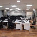 Disposición de puestos de trabajo con aprovechamiento de espacios