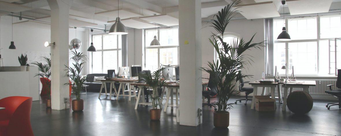 Oficina moderna y creativa